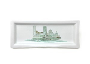 Maizie Clarke Skyline Rectangle Tray | Milwaukee Art Museum